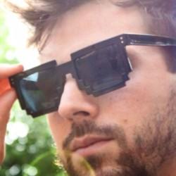 Пиксельные черные очки
