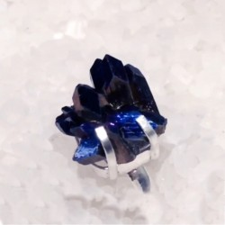 Кольцо из серебра с камнем