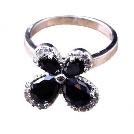 Кольцо Цветок с черный ониксом и топазами