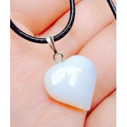 Лунный камень - кулон Сердце на черном шнуре