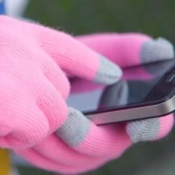 Перчатки для телефона ярко-розовые