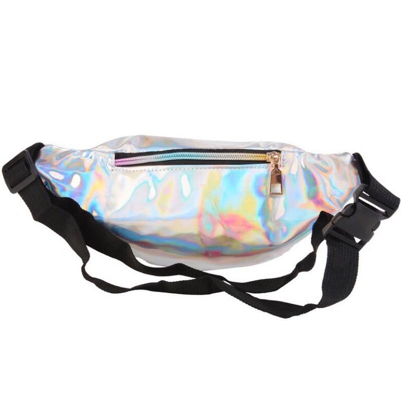 8e6373b3d95 Голографическая сумка на пояс купить по цене от 1490 руб. в Москве