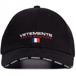 Черная кепка Vetements