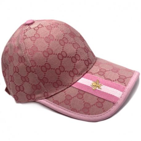 Розовая кепка Gucci