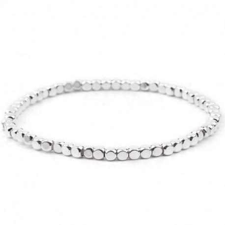 Серебристый эластичный браслет из бусин