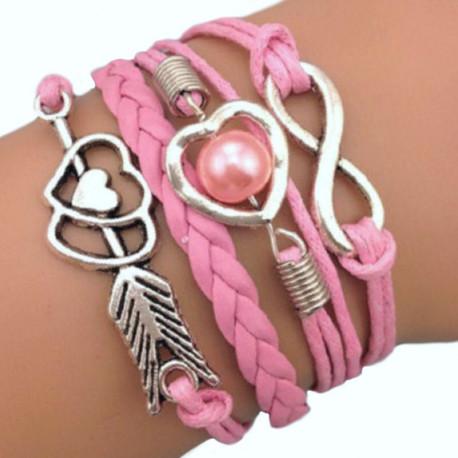 Розовый браслет плетеный