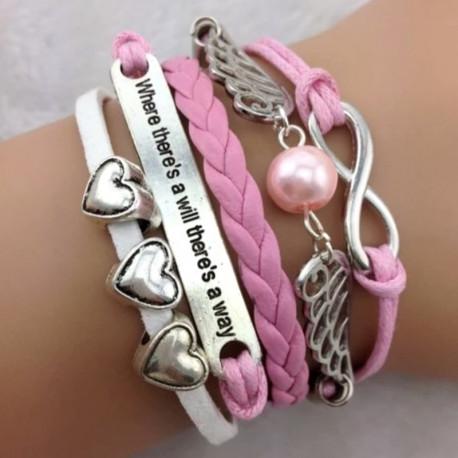 Розовый плетеный браслет