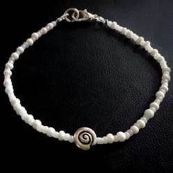 Морской жемчужный браслет с ракушкой