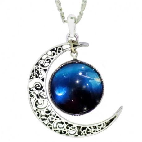 Кулон голубой космос с луной на цепочке