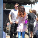 Илон Маск очки сердечки розовые